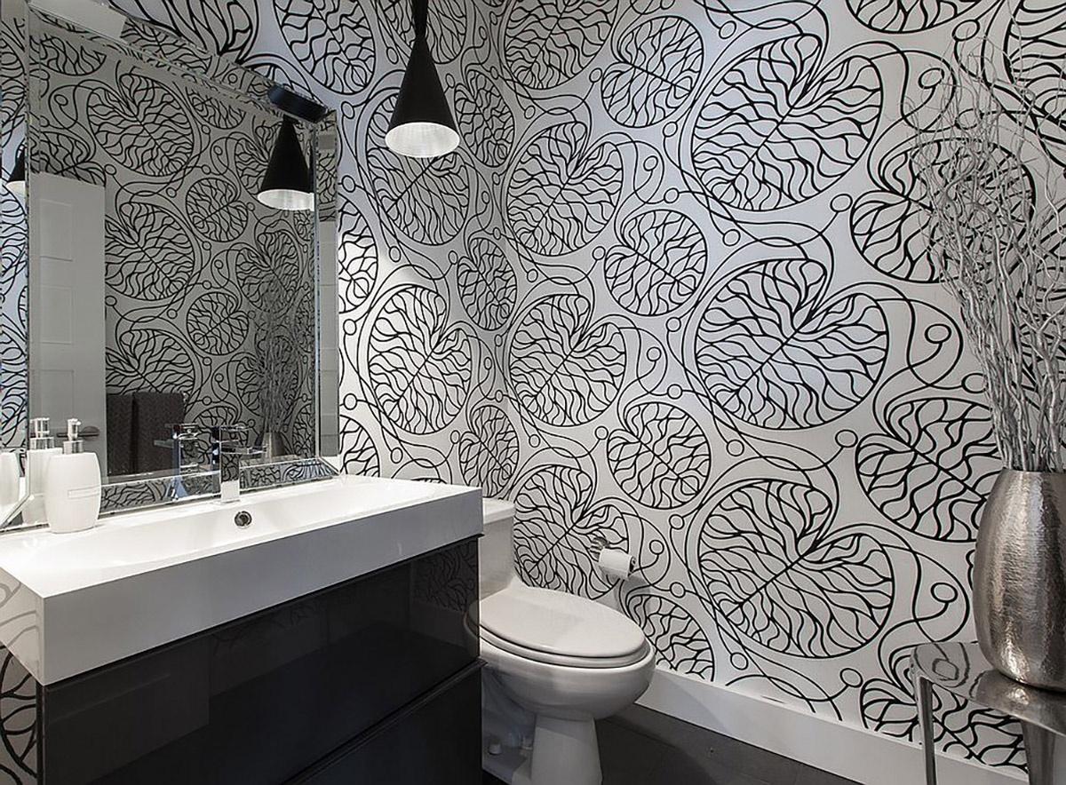 Вот несколько причин, почему черный и белый особенно хороши в оформлении ванных комнат: