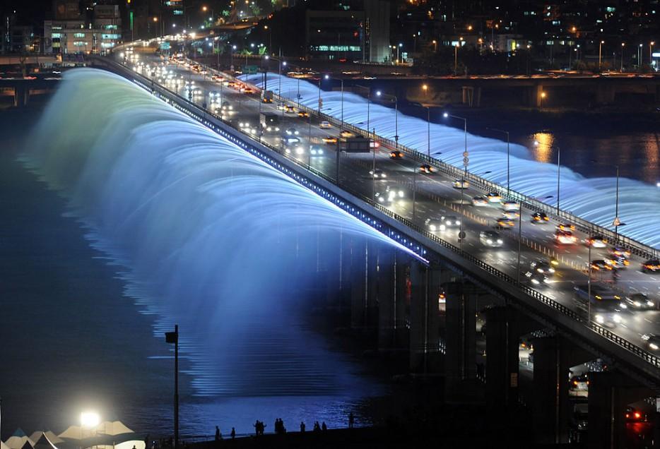 20. Панпхо (Фонтан радуги), Южная Корея