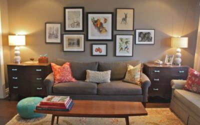 Как развесить картины над диваном в гостиной: 10 способов